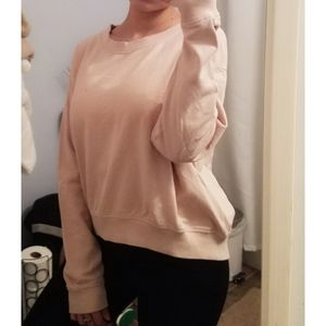 H&M light pink sweatshirt